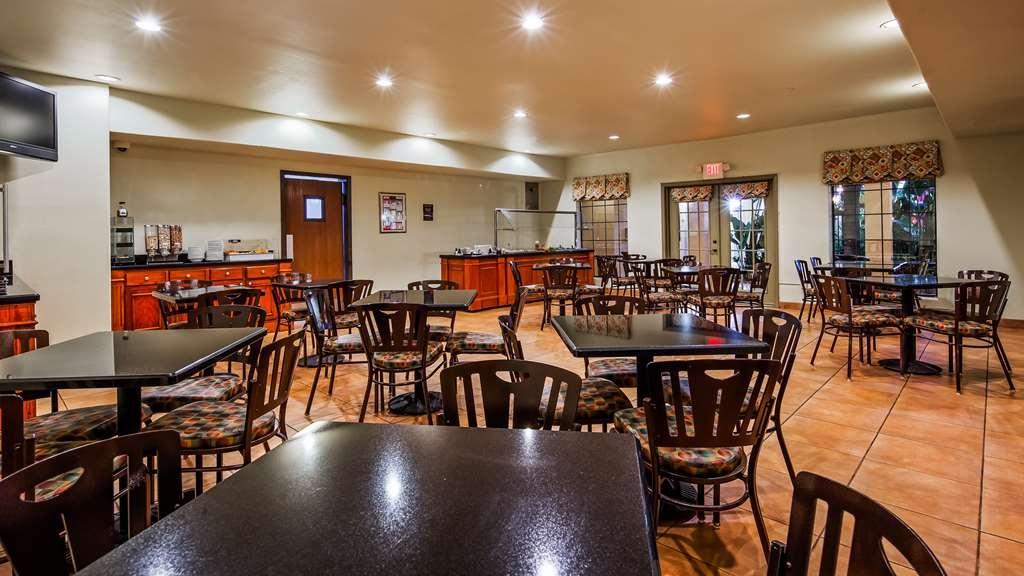Best Western San Isidro Inn - Breakfast Area