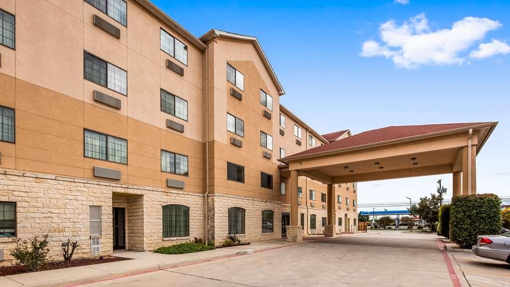 Best Western Windsor Pointe Hotel & Suites-AT&T Center - Vista Exterior