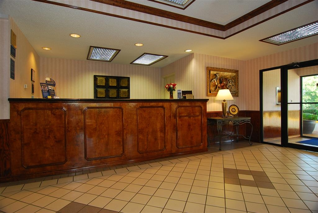 Best Western Lindale Inn - Réception