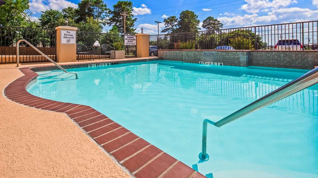 Best Western Longview - Outdoor Pool