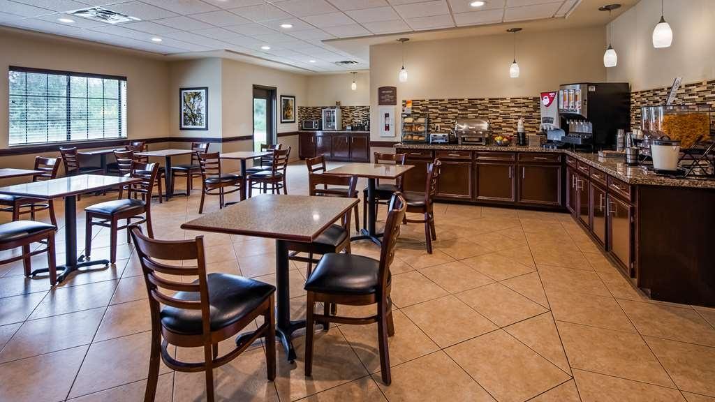 Best Western La Grange Inn & Suites - Breakfast Area