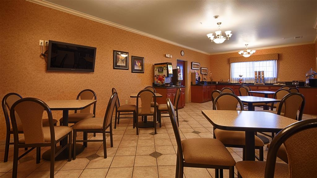 Best Western Henrietta Inn & Suites - Restaurant / Etablissement gastronomique