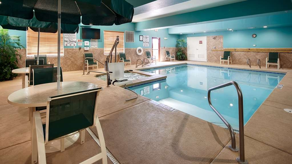 Best Western Plus Monahans Inn & Suites - Enjoy our heated indoor pool and hot tub open year round.