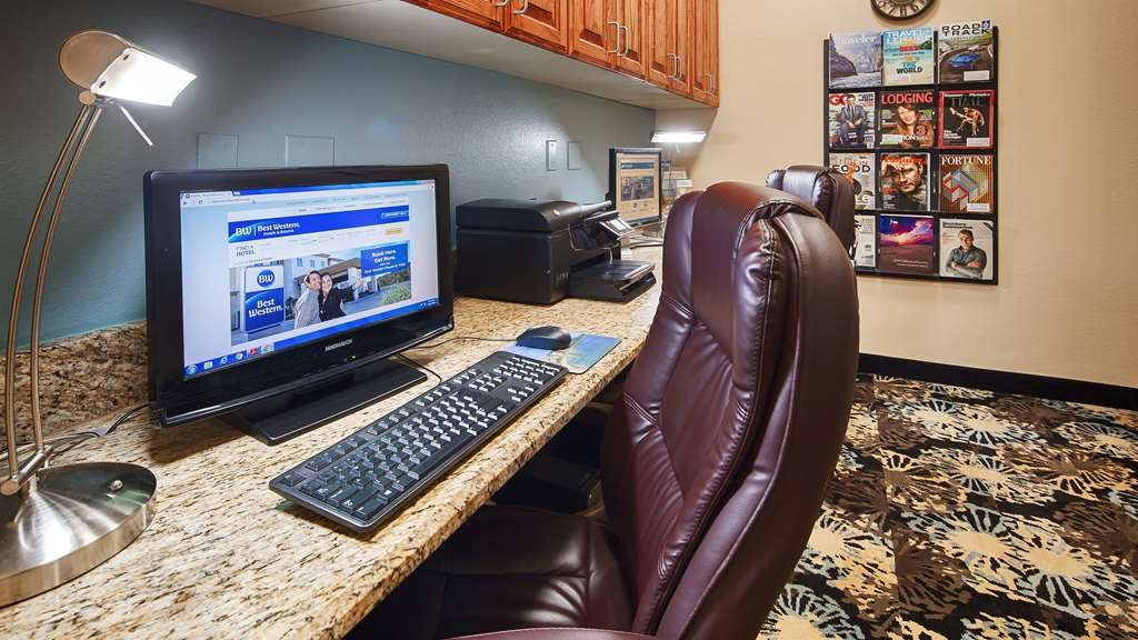 Best Western Plus Monahans Inn & Suites - Never miss a beat while on the road with complimentary free high-speed Internet and printer in our business center.