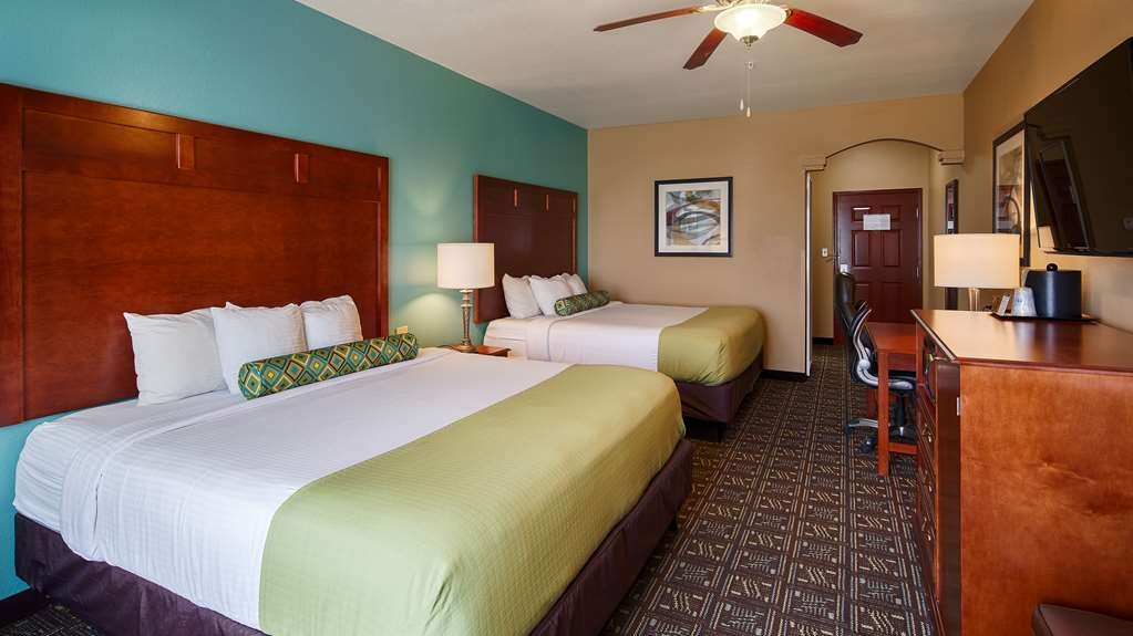 Best Western Plus Monahans Inn & Suites - Our hotel features over 20 spacious two king rooms are equipped with microwaves, refrigerators and a 46-inch LED flat screen TV with premium HD channels.