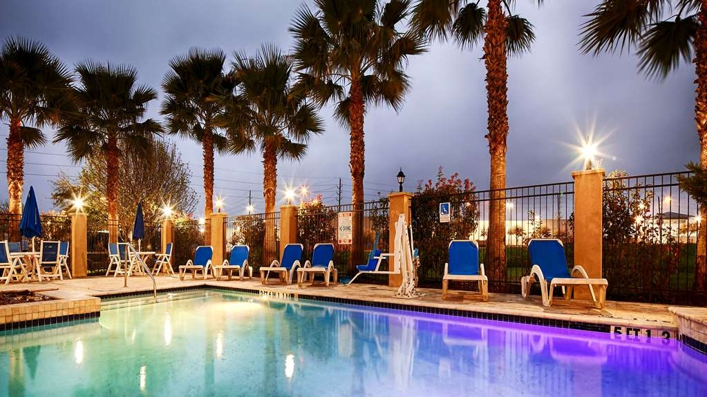 Best Western Sugarland Inn - Outdoor Swimming Pool