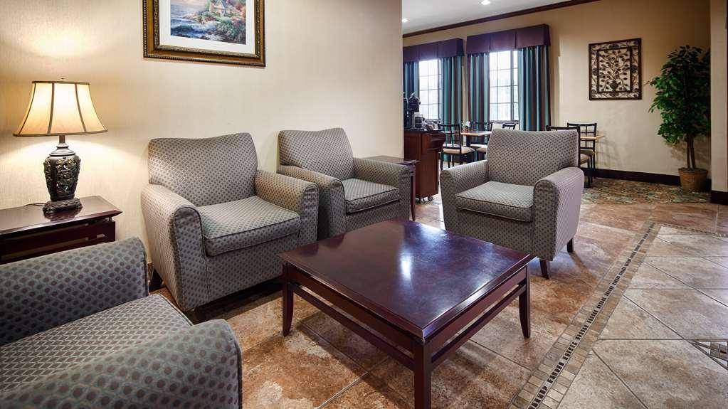 Best Western Mineola Inn - Vista del vestíbulo