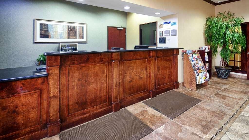 Best Western Mineola Inn - Vue du lobby