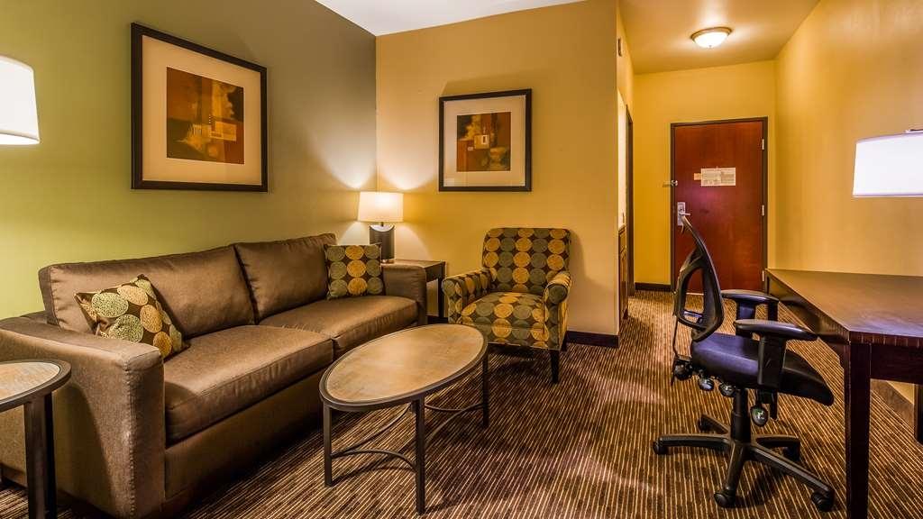 Best Western Plus Duncanville Dallas - Suite