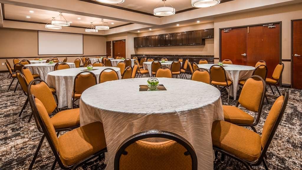 Best Western Plus Duncanville Dallas - Restaurant / Gastronomie