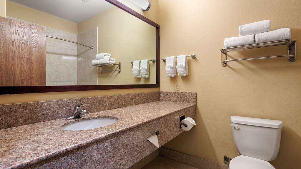 Best Western Plus Mansfield Inn & Suites - We take pride in making everything spotless for your arrival.