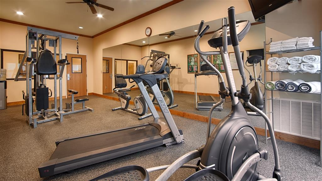 Best Western Plus Schulenburg Inn & Suites - Our fitness center allows you to keep up with your home routine even when you're not at home.