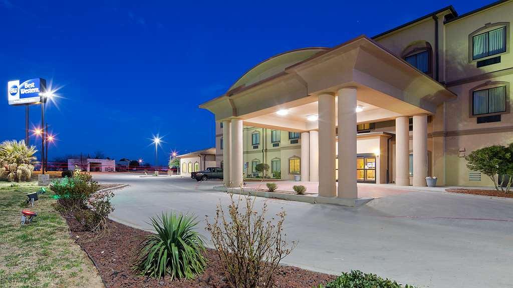 Best Western Palace Inn & Suites - Area esterna