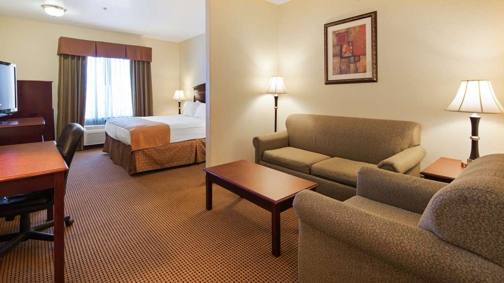 Best Western Palace Inn & Suites - Suite