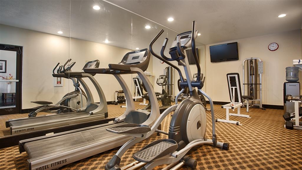 Best Western Palace Inn & Suites - Fitnessstudio