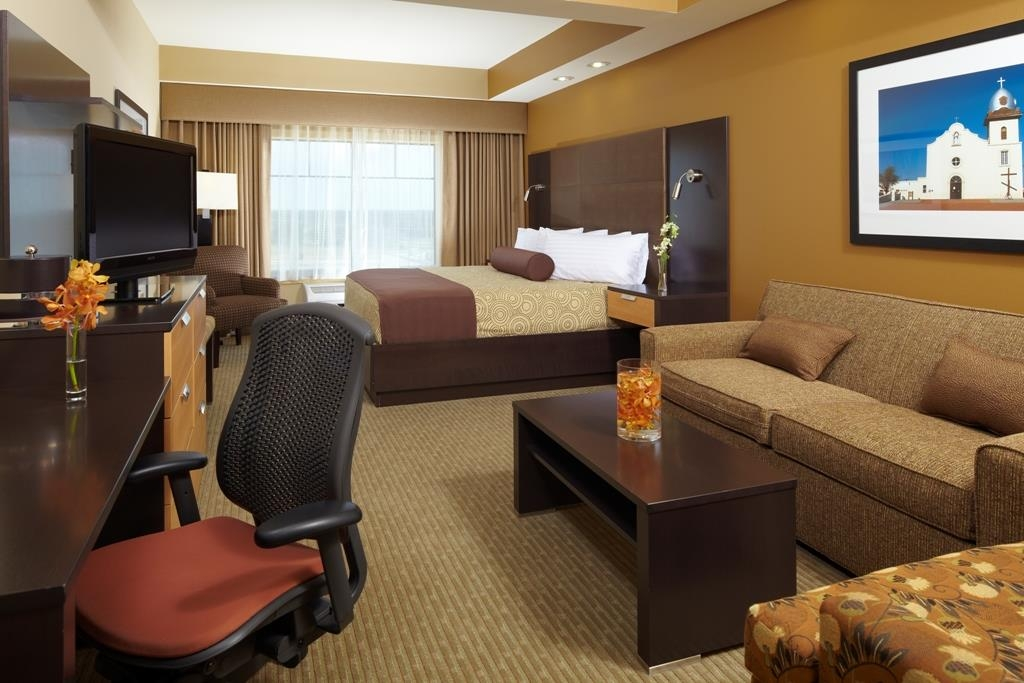 Best Western Premier Bryan College Station - Suite