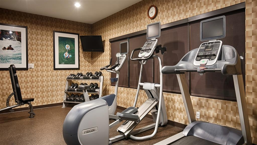 Best Western Premier Bryan College Station - Our fitness center is outfitted with everything you need for a great workout.