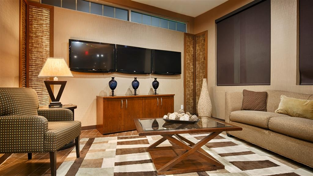 Best Western Premier Bryan College Station - Our lobby is the perfect spot to relax after a long day of work and travel.
