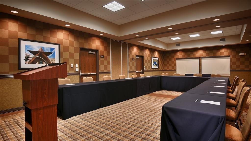 Best Western Premier Bryan College Station - Boon/Mitchell Meeting Room