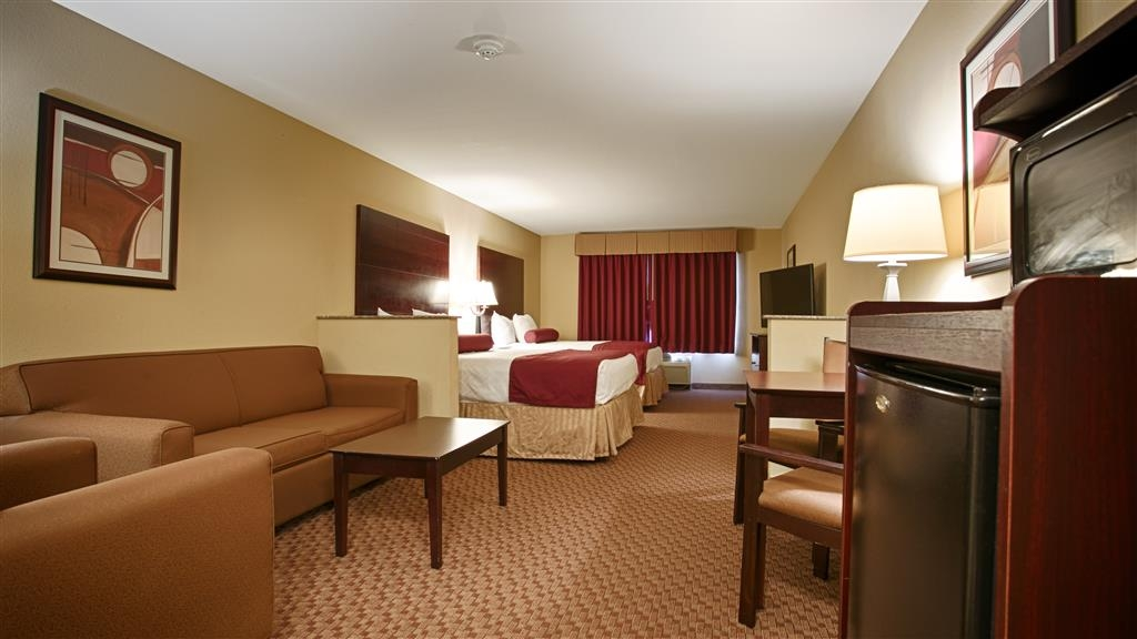 Best Western Plus Burleson Inn & Suites - Suite