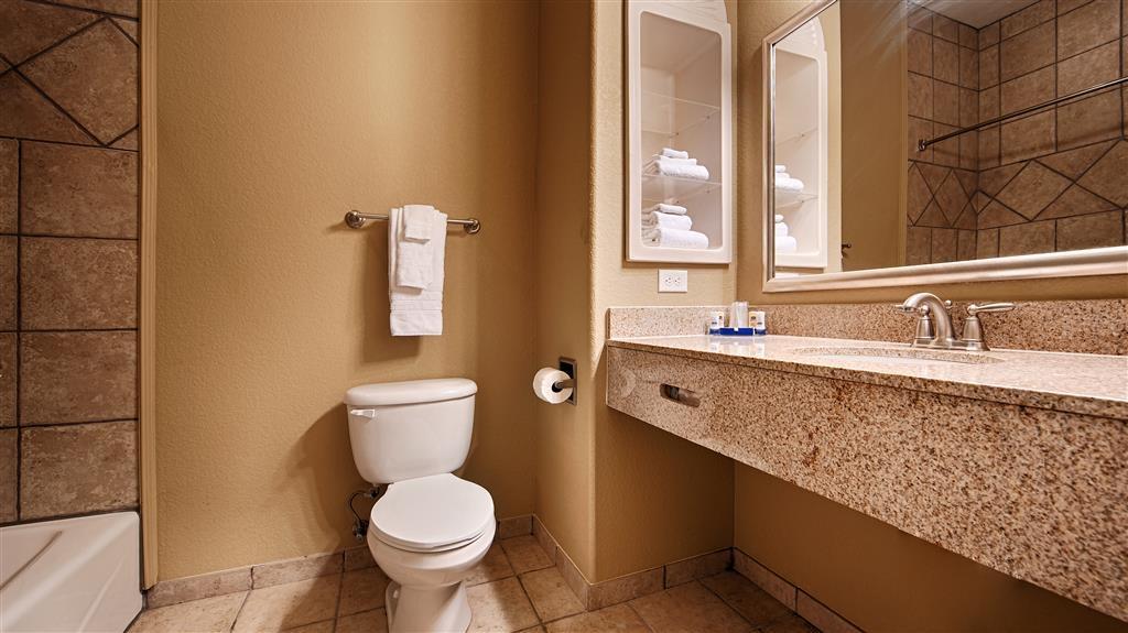 Best Western Hebbronville Inn - Cuarto de baño de clientes