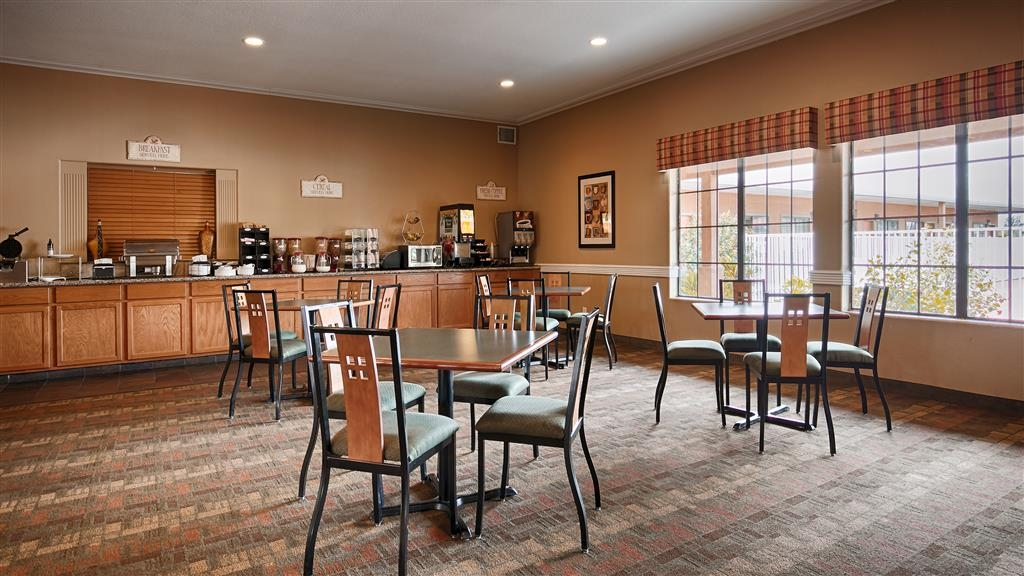 Best Western Hebbronville Inn - Salle de petit déjeuner