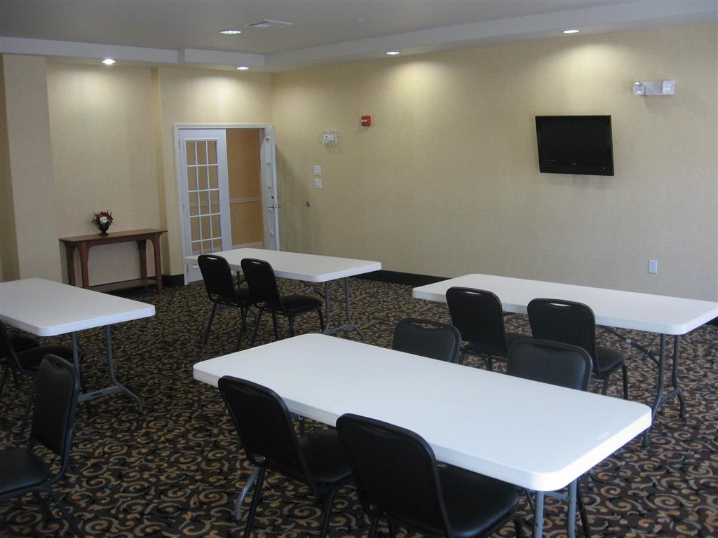 Best Western Comanche Inn - Give us a call to check rates and book one of our meeting rooms.