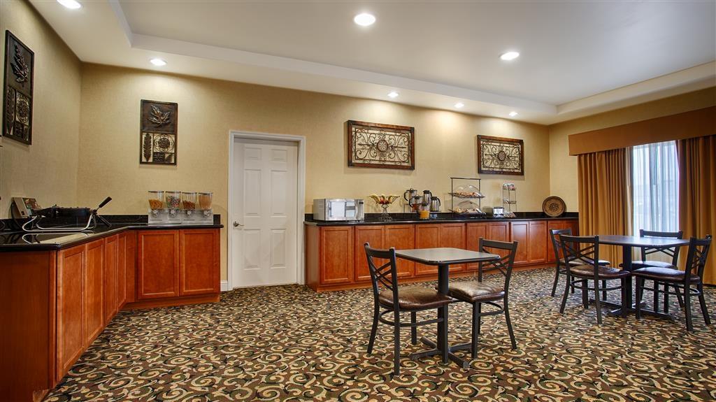 Best Western Comanche Inn - Zona de desayunos