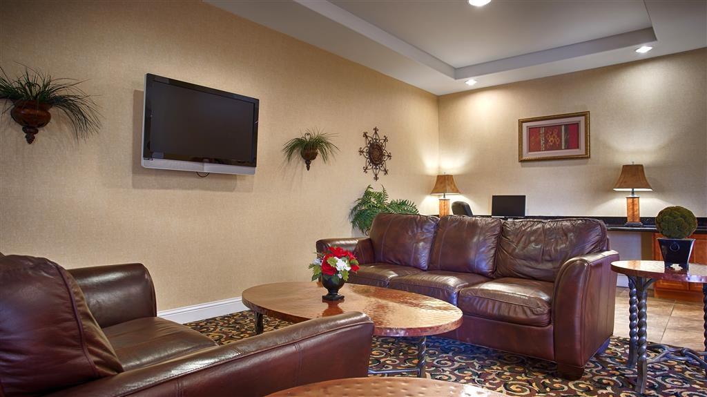 Best Western Comanche Inn - Vestíbulo del hotel