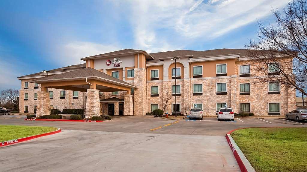 Best Western Plus Christopher Inn & Suites - Area esterna