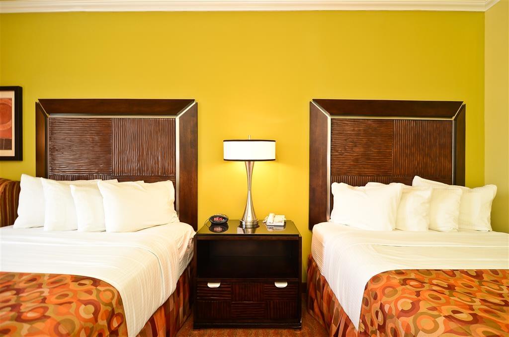 Best Western Plus Christopher Inn & Suites - Wachen Sie morgens nach einem erholsamen Schlaf auf unseren komfortablen Matratzen mit extra gepolsterter Auflage erfrischt auf.