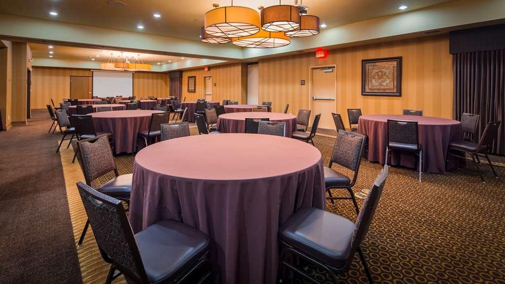 Best Western Plus Christopher Inn & Suites - Salle de réunion