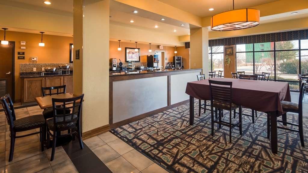 Best Western Plus Christopher Inn & Suites - Restaurant / Gastronomie
