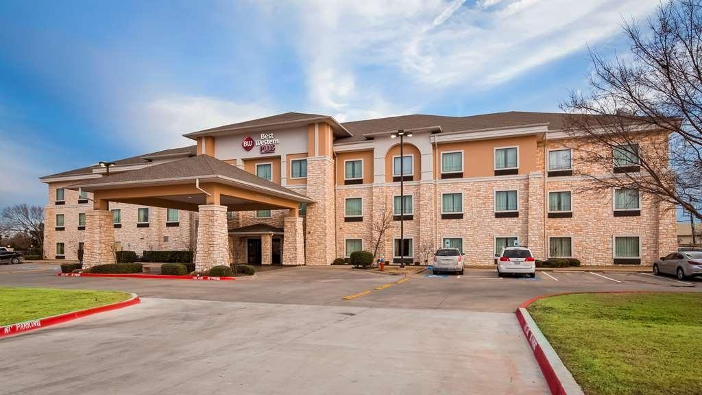 Best Western Plus Christopher Inn & Suites - Vista Exterior