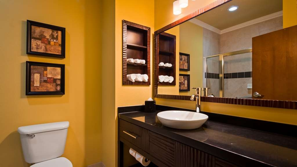 Best Western Plus Christopher Inn & Suites - Habitaciones/Alojamientos