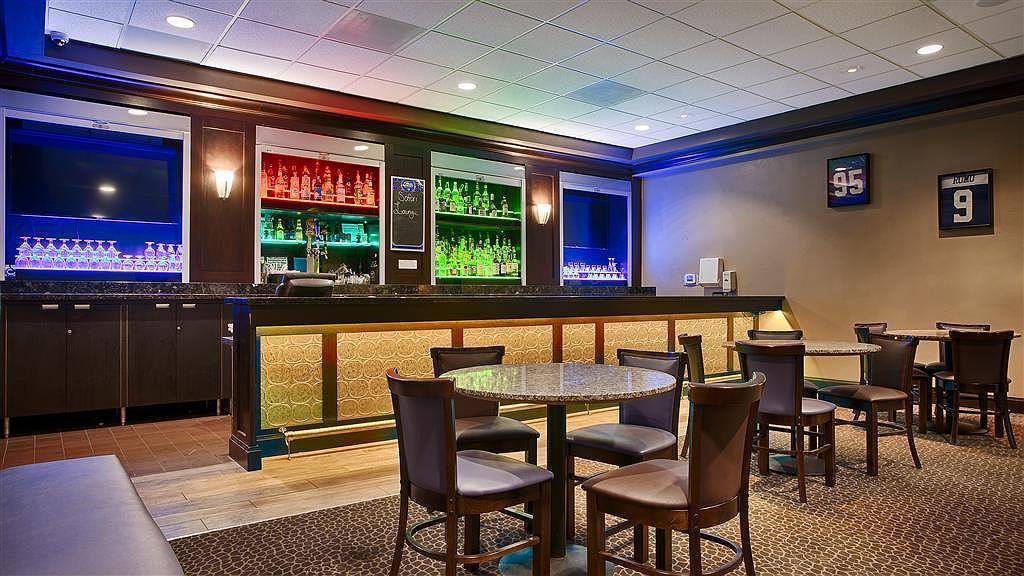 Hotel In Dallas Best Western Plus Dallas Hotel