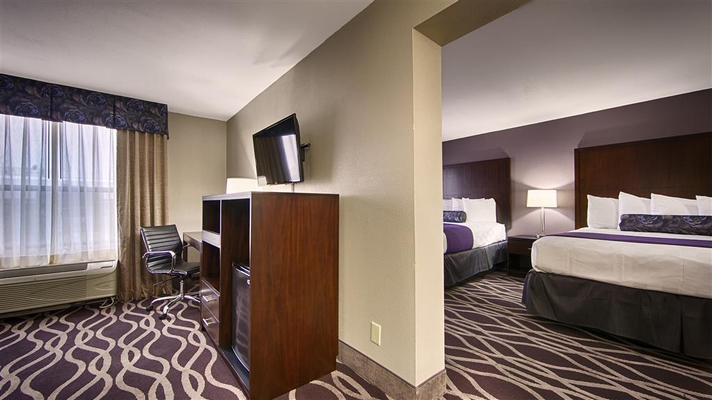 Best Western Plus Dallas Hotel & Conference Center - Suite
