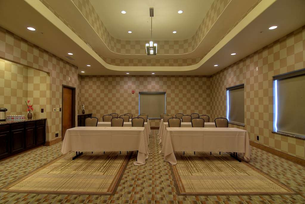 Best Western Plus Lackland Hotel & Suites - Meeting Facilities