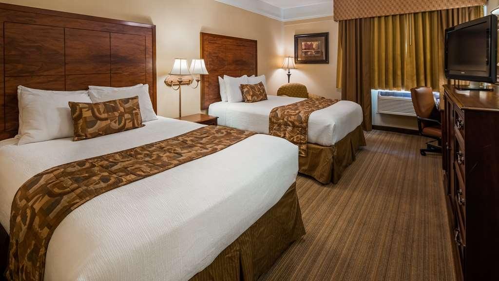 Best Western Plus Monica Royale Inn & Suites - Camere / sistemazione