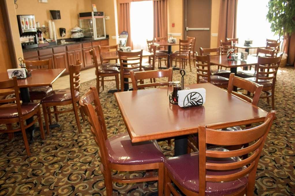 Best Western Plus San Antonio East Inn & Suites - Desayuno Buffet