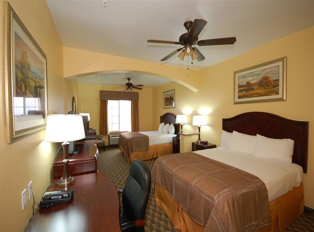 Best Western Plus Manvel Inn & Suites - Two Queen Guest Room