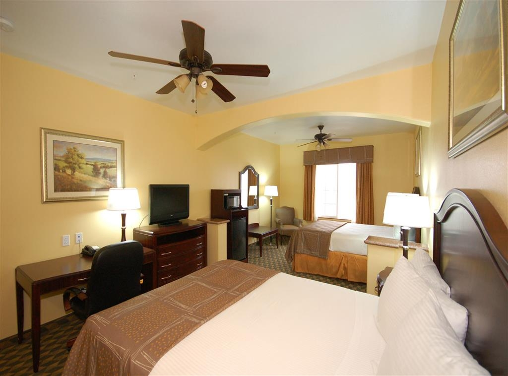 Best Western Plus Manvel Inn & Suites - Habitación