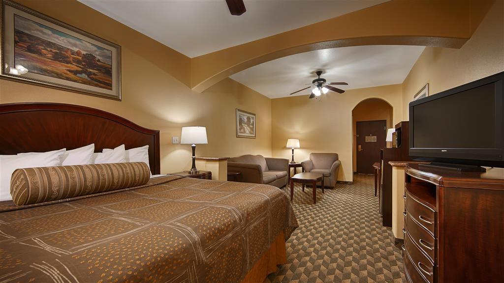 Best Western Plus Manvel Inn & Suites - King Suite