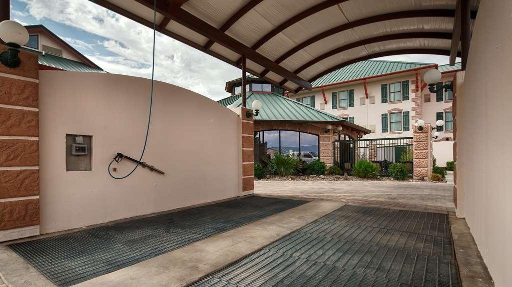 Best Western Plus Swiss Chalet Hotel & Suites - Autres / Divers
