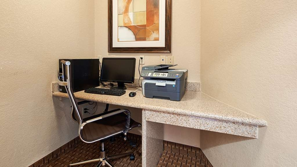Best Western Hondo Inn - Free high-speed Internet and printer capabilities are available for you in our business center.
