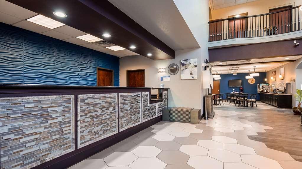 Best Western Hondo Inn - Lobby & Reception Area