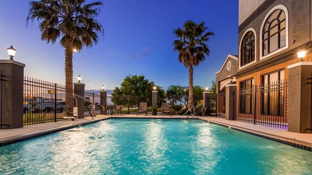 Best Western Hondo Inn - Vue de la piscine