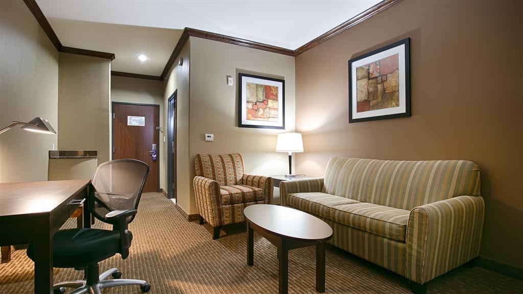Best Western Plus Texoma Hotel & Suites - Chambres / Logements