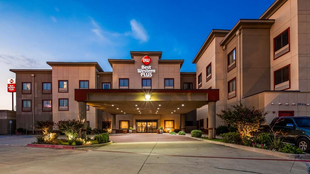 Best Western Plus Texoma Hotel & Suites - Exterior view