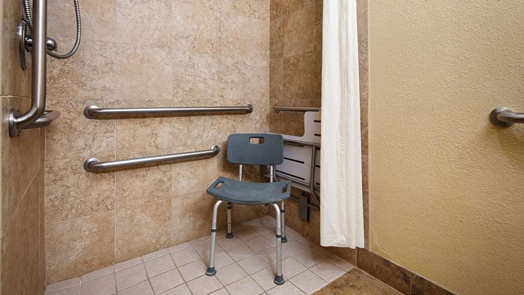Best Western Bastrop Pines Inn - We designed our mobility accessible bathrooms for easy wheelchair access.